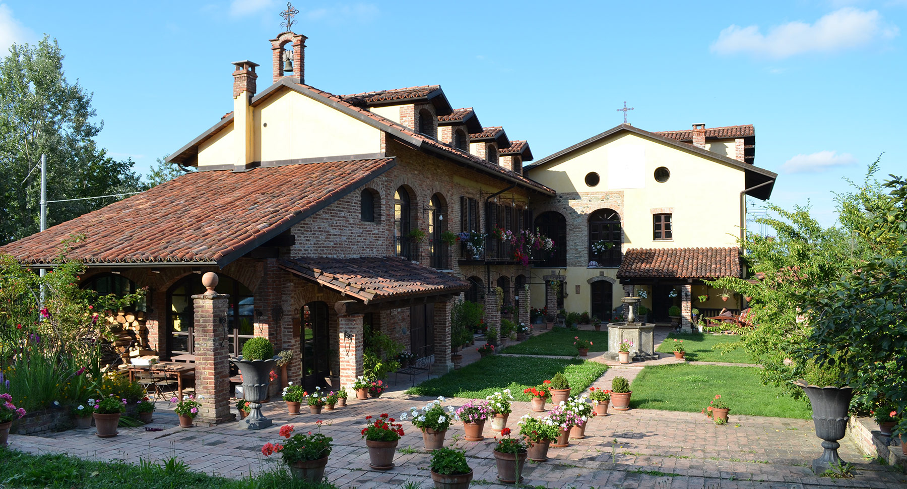 Bed And Breakfast Con Affittacamere Asti